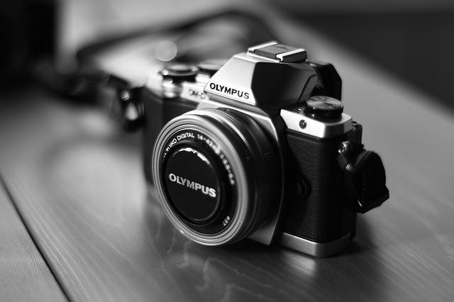 camera-541213_640
